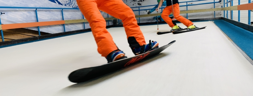Skien en snowboarden bij skicentrumsassenheim